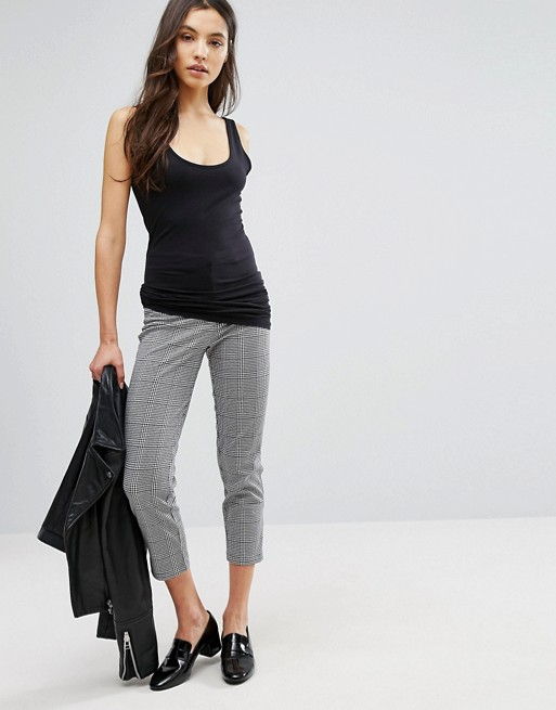 New Look Check Cropped Pants